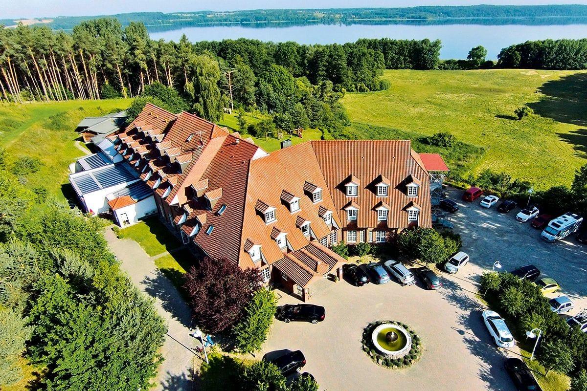 Blick von oben auf das Haus_HotelBornmühle_GroßNemerow