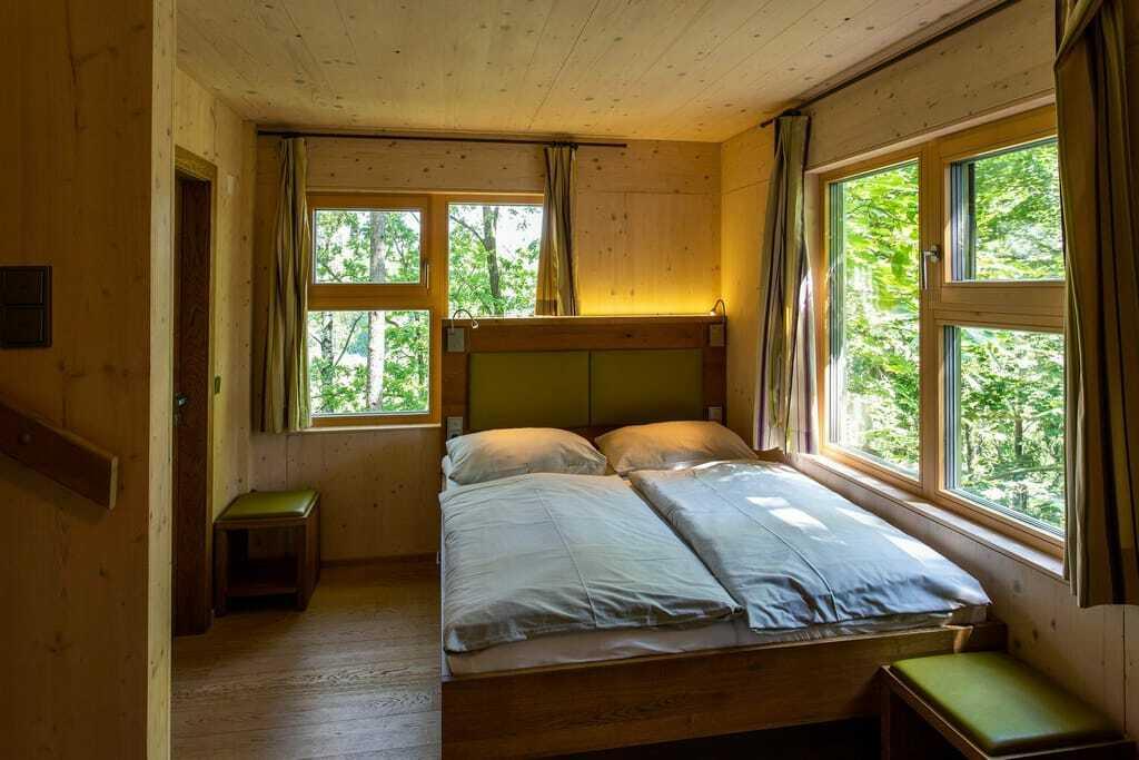 Baumhaus Lodge Schrems Schlafzimmer