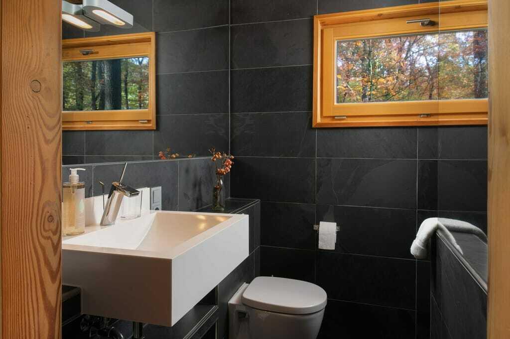 Baumhaussuiten im Resort Baumgeflüster, Designerbad