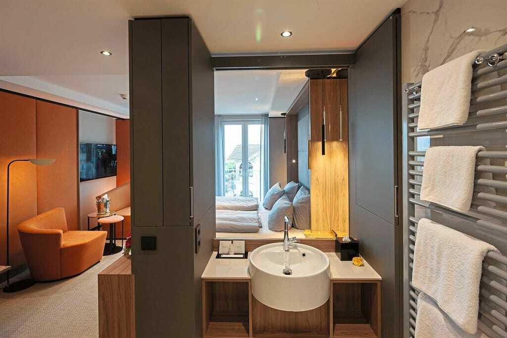 Blick in ein Zimmer_Das_Ahlbeck_Hotel&Spa_Seebad_Ahlbeck