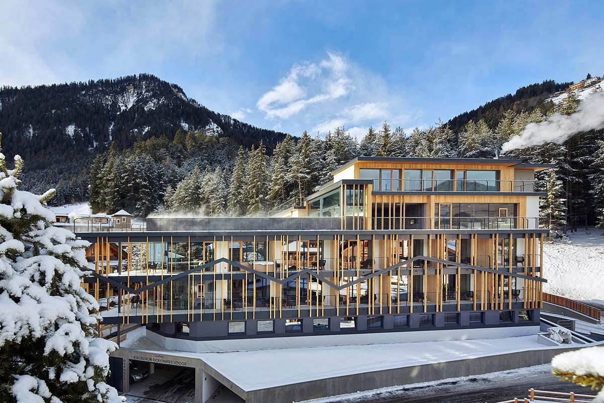 Außenansicht_Excelsior_Dolomites_Life_Resort_St_Vigil