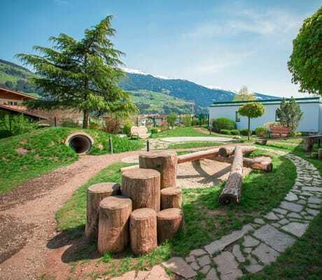 Hundespielplatz im Freien_GartenhotelMagdalena_RiedImZillertal