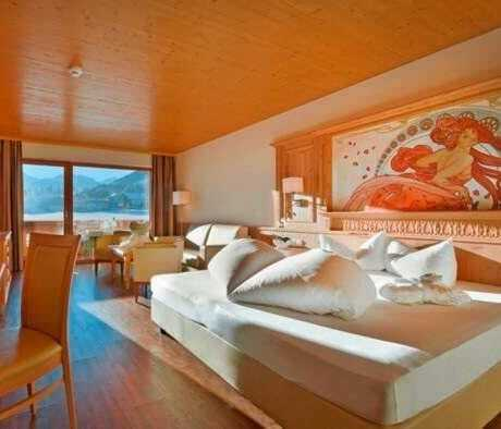 Zimmer mit Aussicht_GartenhotelMagdalena_RiedImZillertal
