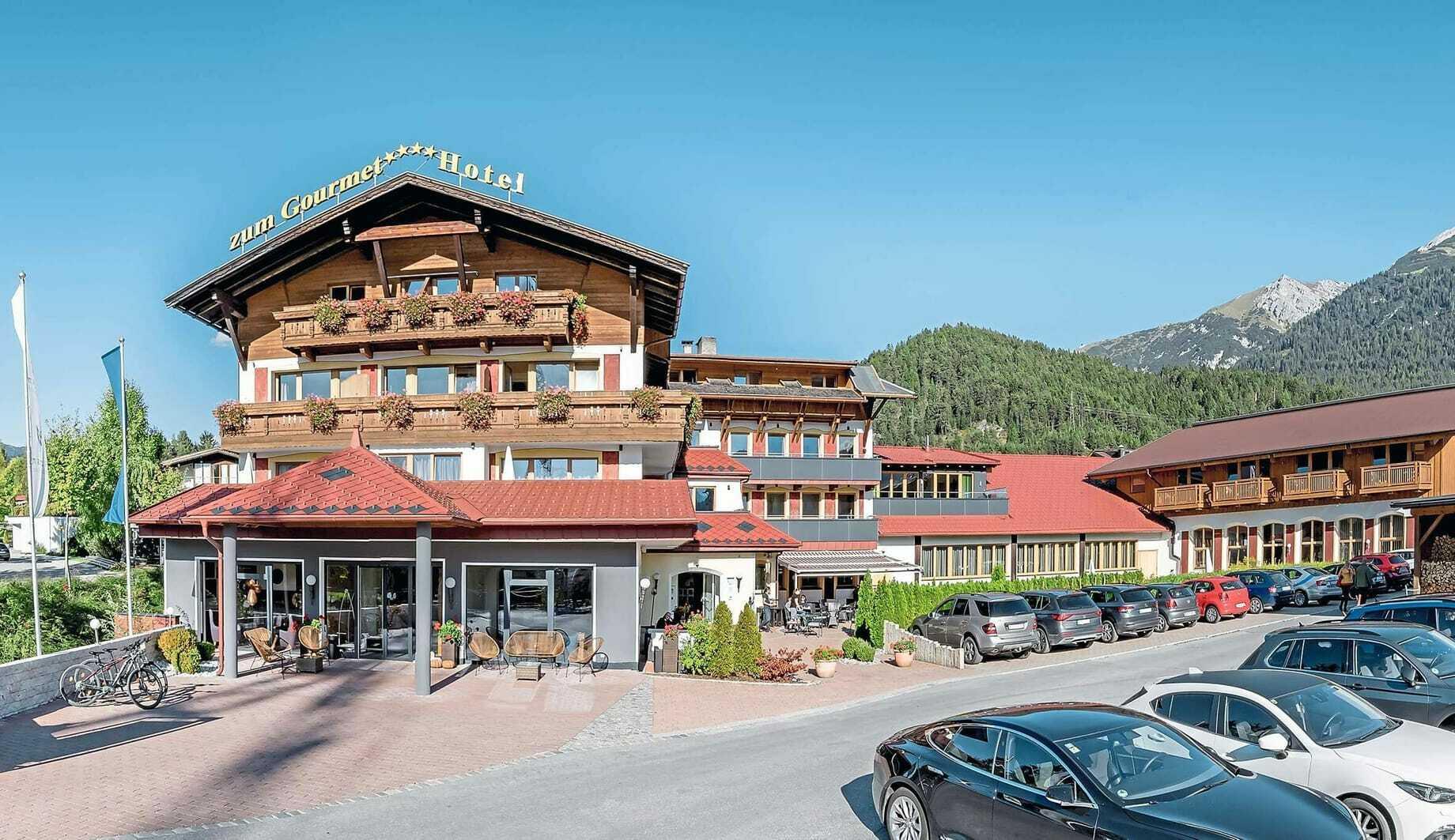 Außenansicht_HotelZumGourmet_Seefeld