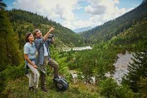 Pärchen beim Wandern_Interalpen-Hotel Tyrol