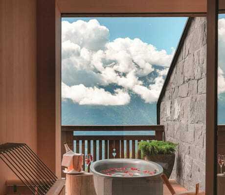 Sauna_auf_dem Balkon_der_Panoramasuite_Interalpen-Hotel_Tyrol