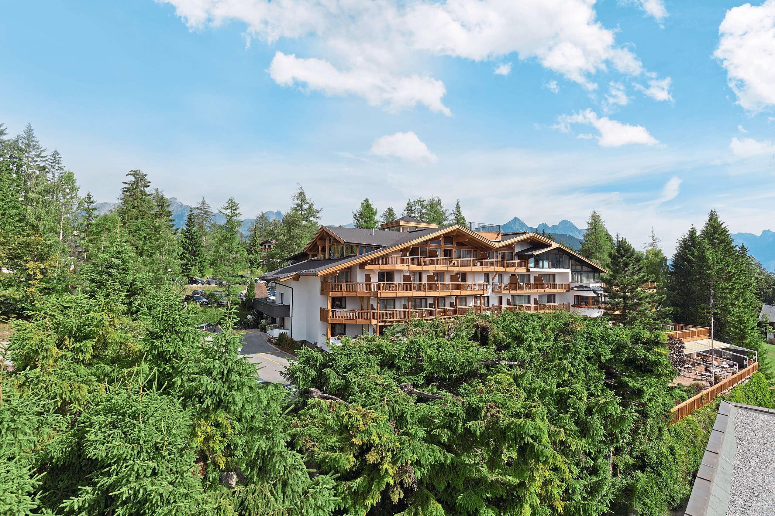 Außenansicht_Natur&Spa_Hotel_Lärchenhof