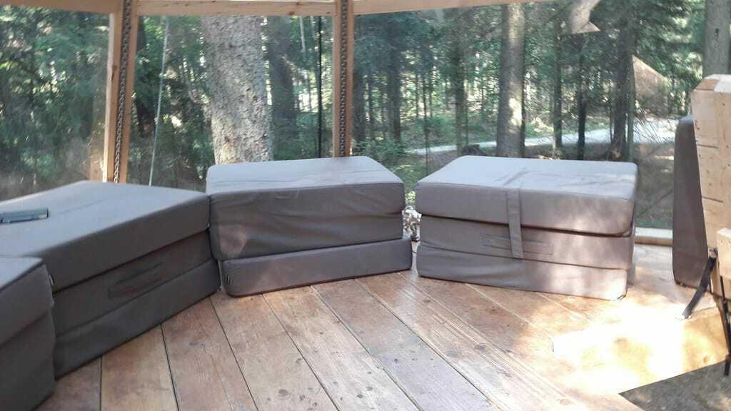 Schlafpyramide-Naturcamp-Schluchsee-Innenansicht