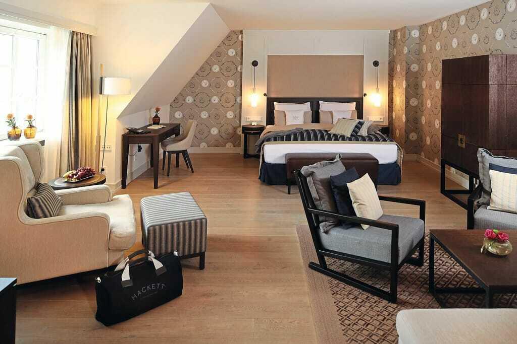 Blick in ein Doppelbettzimmer_Severins_Resort_Spa_Keitum-Sylt
