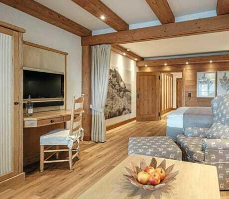 Blick in ein Zimmer_Sonnenalp_Resort_Ofterschwang