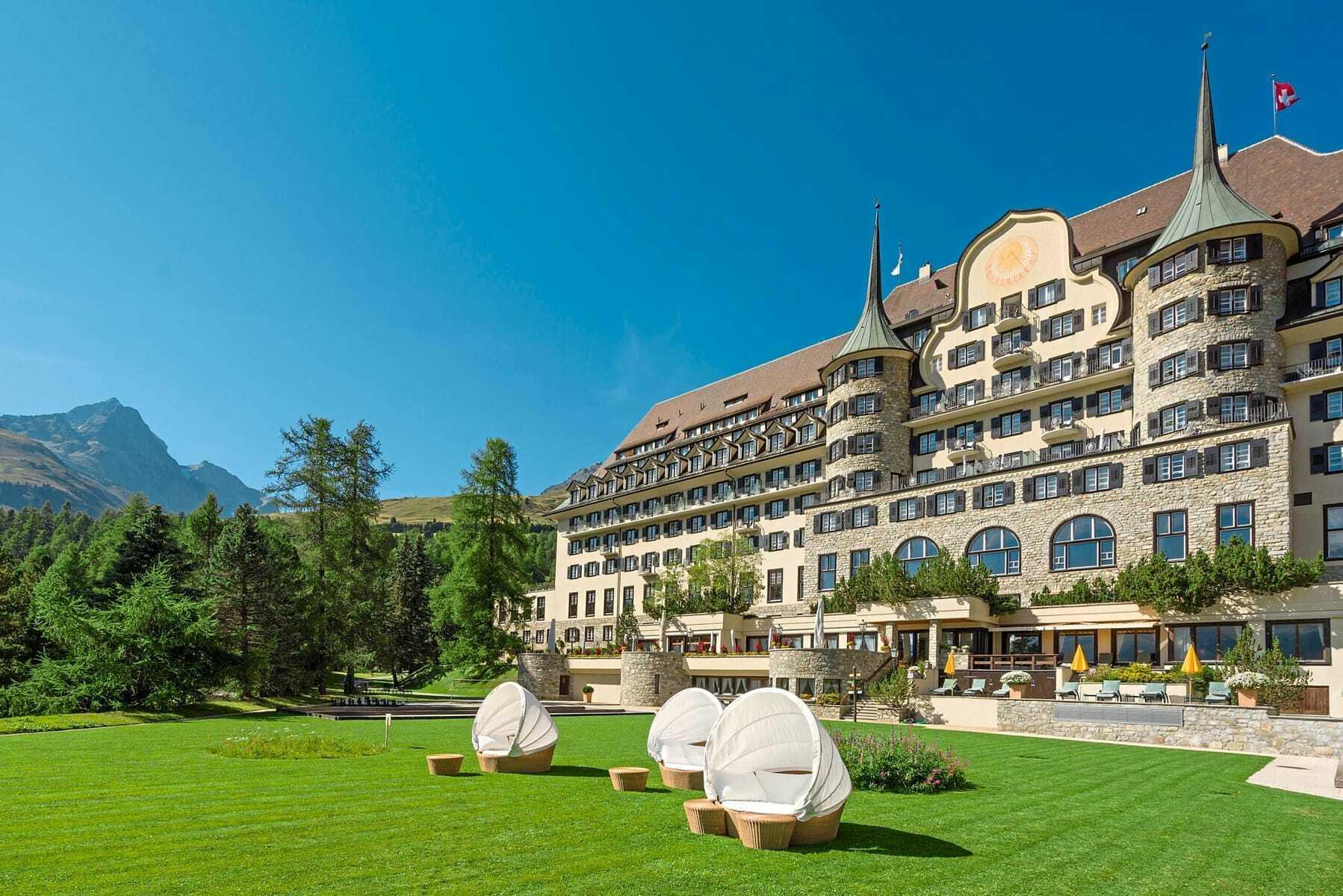 Außenansicht_Suvretta_House_St_Moritz