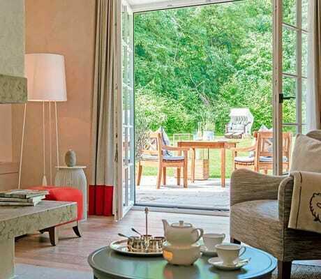 Blick vom Zimmer auf die Terrasse_Weissenhaus