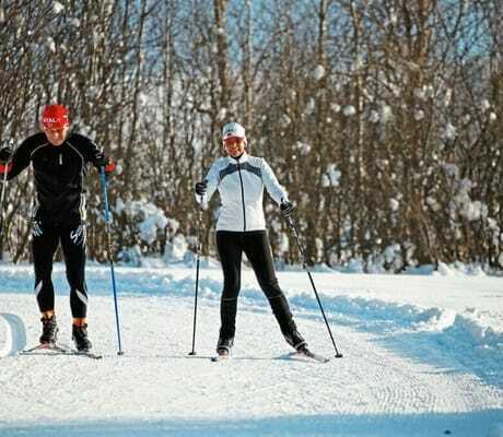 Pärchen_beim_Skilanglauf