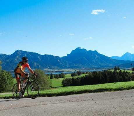 Fahrradtour_in_den_Bergen_Hotel Sommer