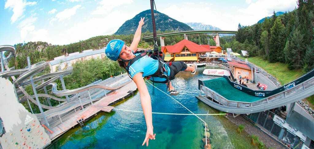 Freizeitpark AREA 47 Mega Swing Seilrutsche Flying Fox