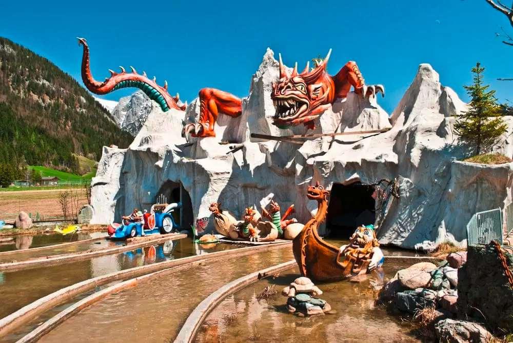 Freizeitpark Familienland Wikingerland Tirol Drachen