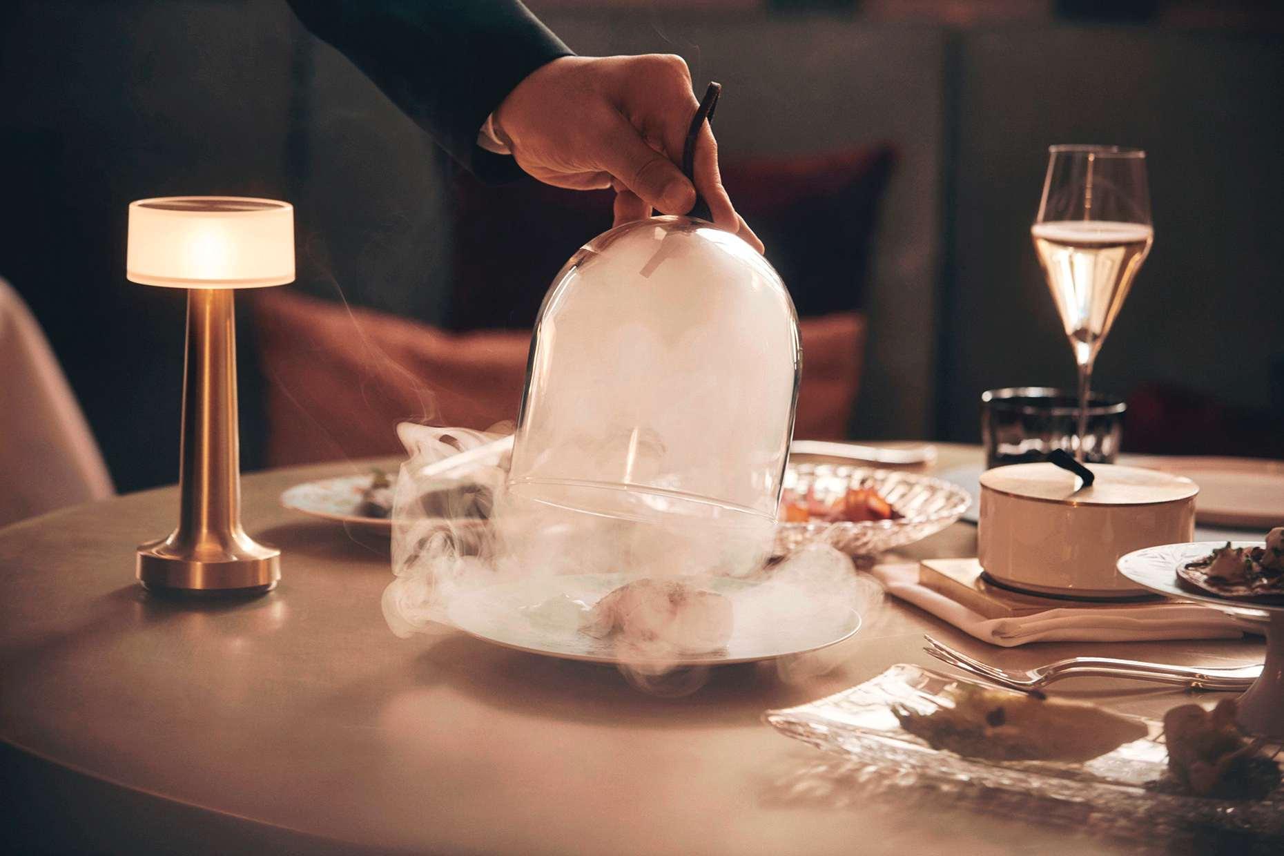 Dampfendes Haubengericht im Grand Resort Bad Ragaz