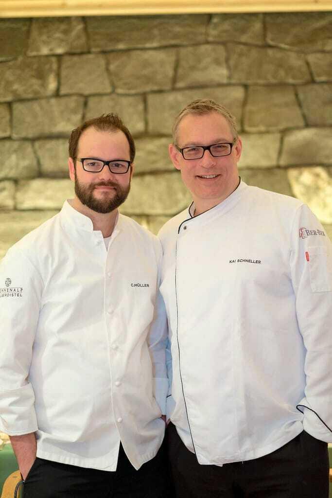 Bild der Chefköche Carsten Müller und Kai Schneller im Sonnenalp Resort
