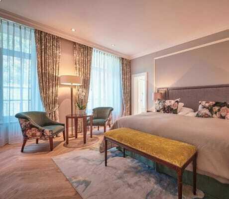 Doppelzimmer mit großen Bett