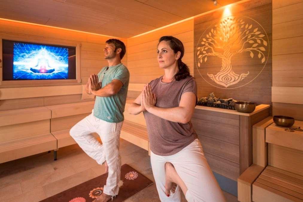 Außergewöhnliche Hotelsaunen: Hot-Yoga-Sauna im BollAnts