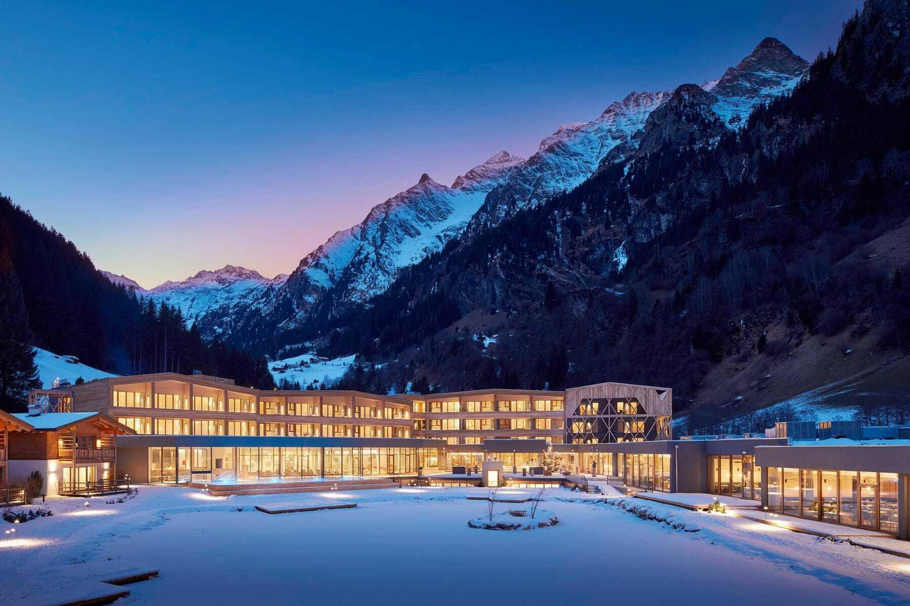 Blick auf das Haus im Winter_Feuerstein_Gosensass
