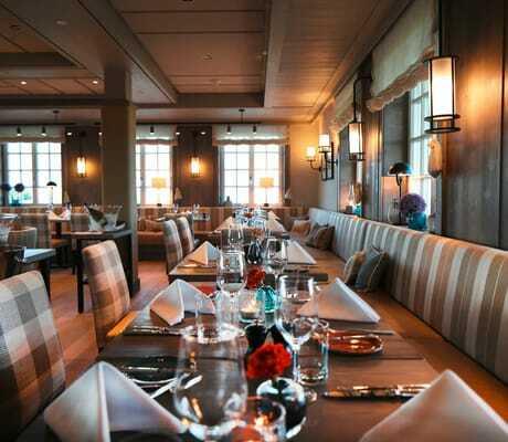 gedeckte Tische im Restaurant_Severins_Morsum_Kliff
