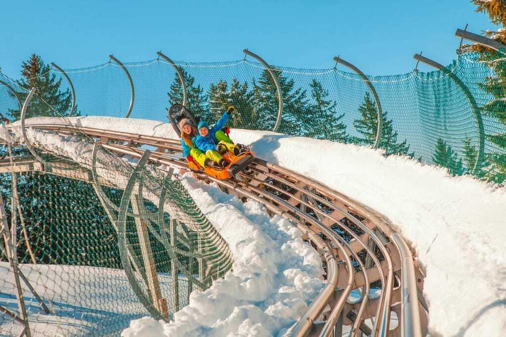 Die Sommerrodelbahnen im Allgäu sind teilweise auch bei Schnee befahrbar