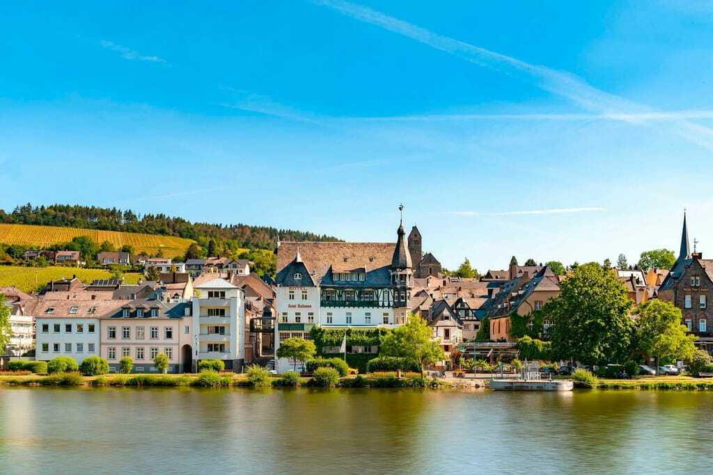 Weinhotels: Außenansicht Romantik Jugendstilhotel Bellevue