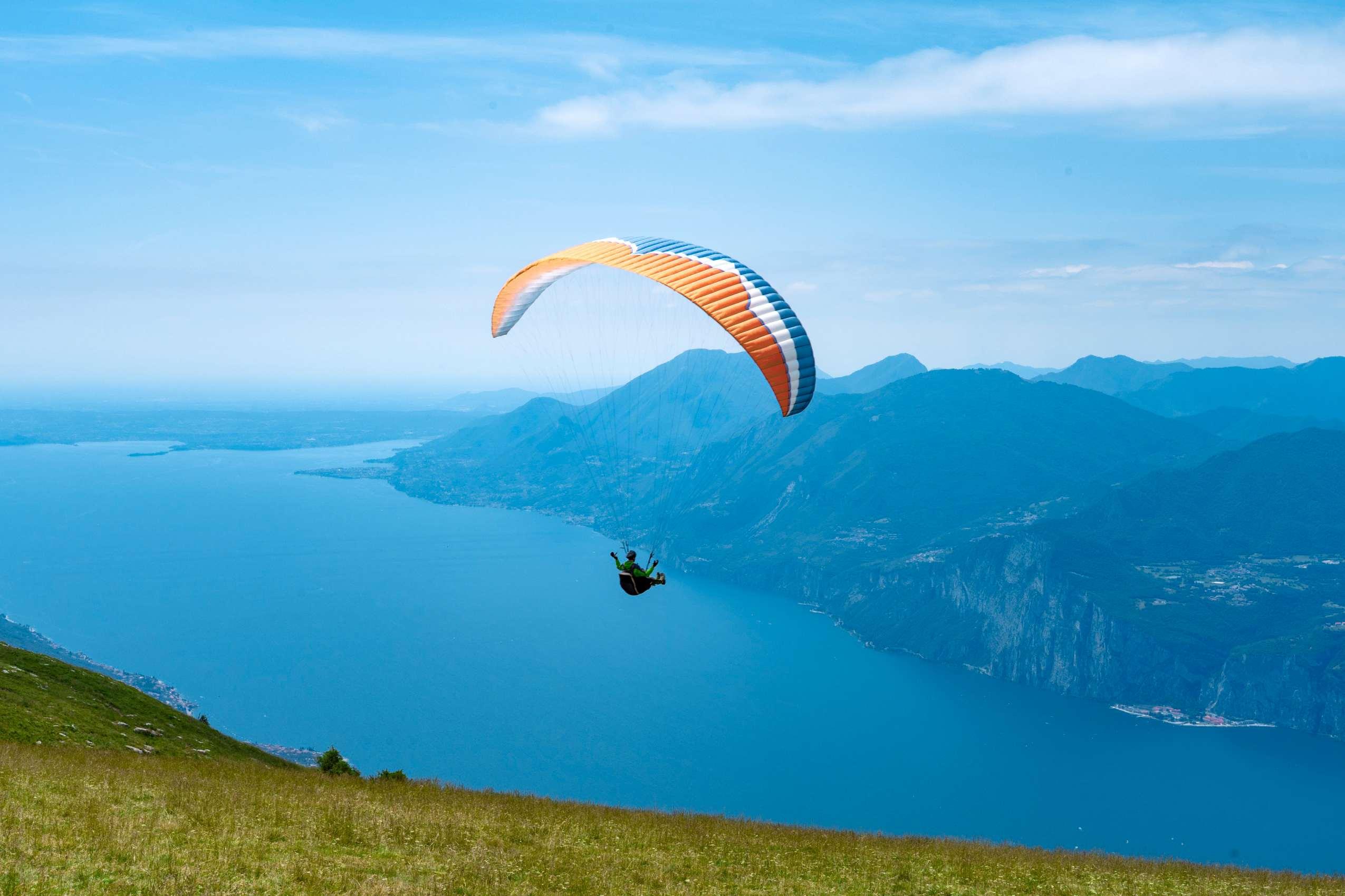 Aktivurlaub am Gardasee: Paragliding